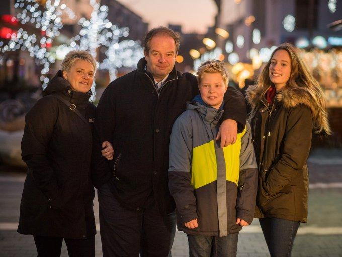 Hoffmann Tamás és családja