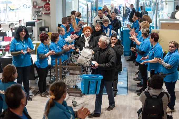 Újbudán nyitott áruházat a Möbelix
