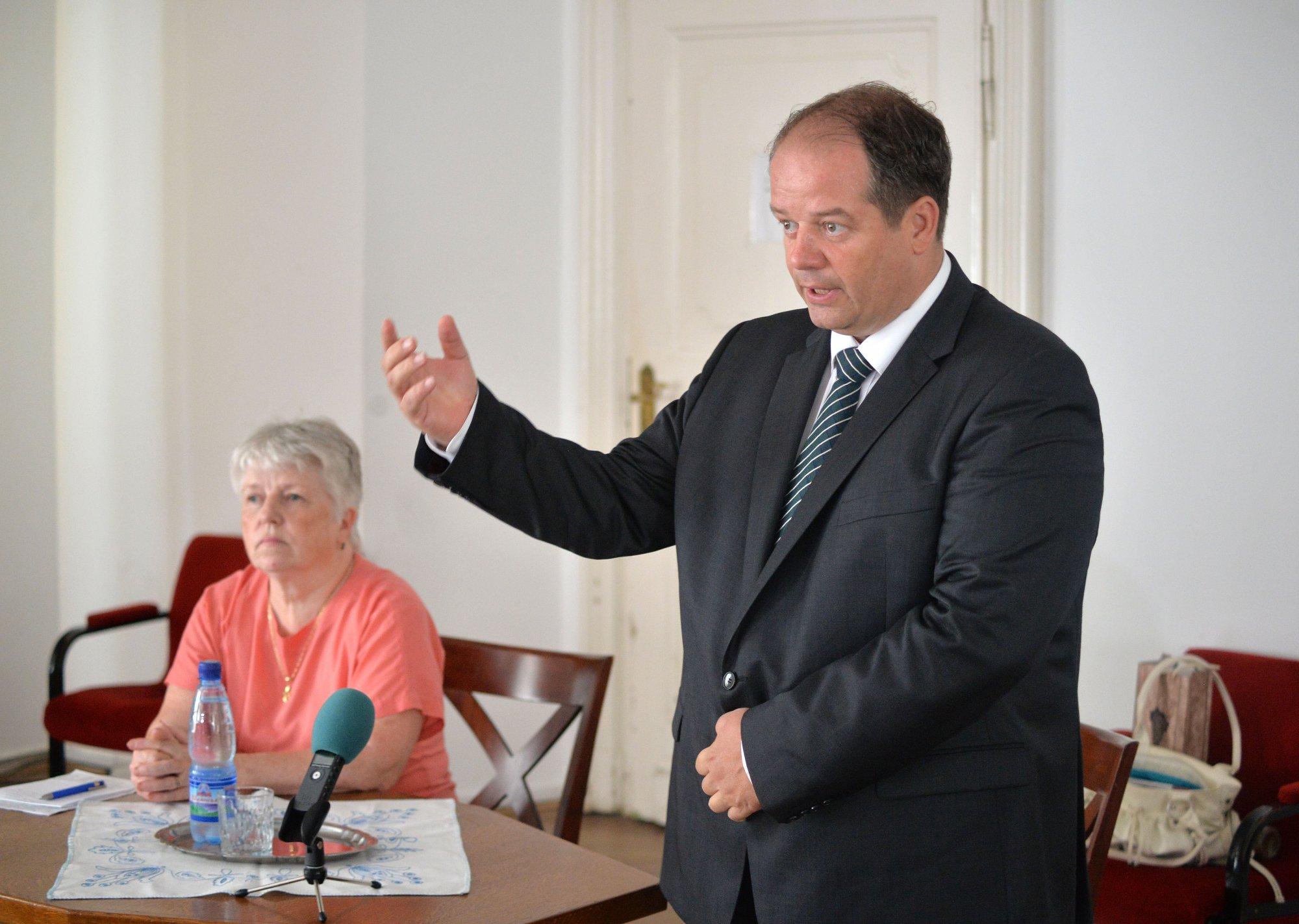 Sok kérdésre adott választ Újbuda polgármestere
