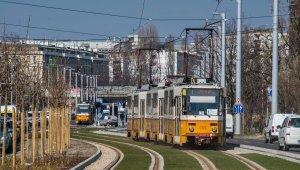 Átadták az 1-es villamosvonal újbudai szakaszát