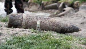 Bombát találtak a Köbölkút utcai iskola udvarán